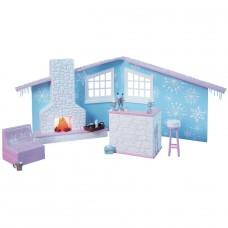 Bratz SnowKissed Winter Lodge Playset (Table Missing)